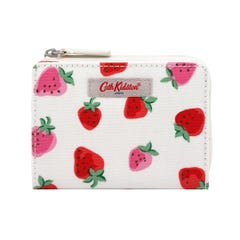 Sweet Strawberry Slim Pocket Purse